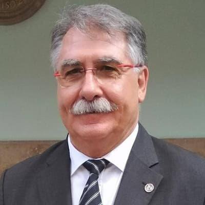 Dr. Antonio Capafons